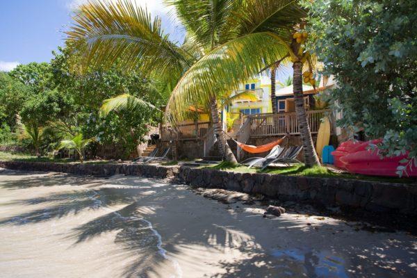 lo-damour-beach-3