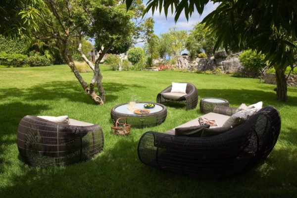 manoir-de-lurin-garden-1