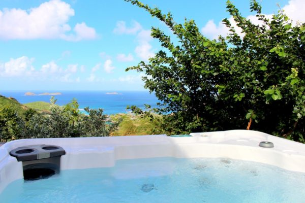 villa-aloes-hot-tub-3