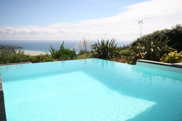bay-view-pool-1